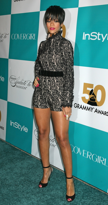 Steal Rihanna S Fashion Style Without Breaking The Bank Fashion In The Urban Jungle