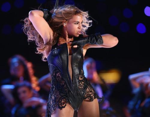 BeyonceKnowlesPepsiSuperBowlXLVIIHalftime02