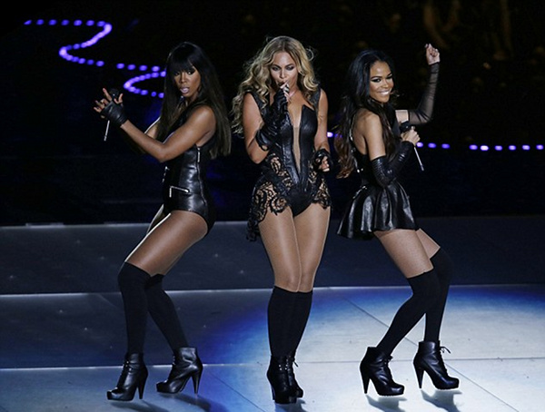 Beyonce's Full Performance, Superbowl 47, 2013 | Fashion in the ...