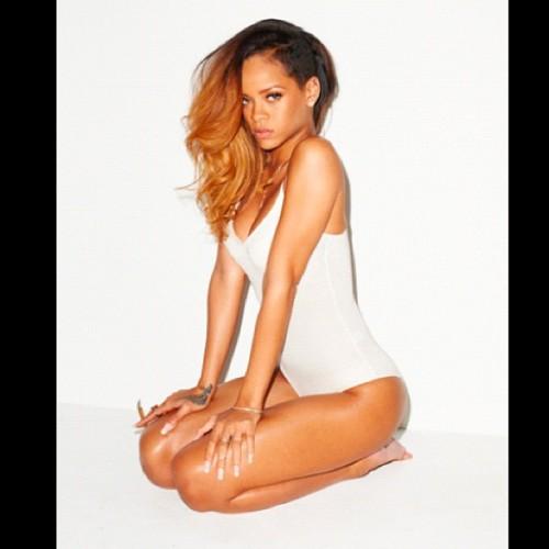 Rihanna Terry Richardson 02