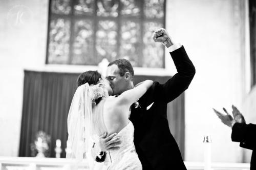 groom-fist-pump